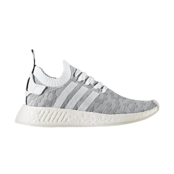 huge selection of 0d5b1 279e0 adidas NMD R2 Primeknit