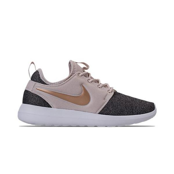 2600414f29e5 Display product reviews for Nike Roshe 2 Knit Women s Shoe