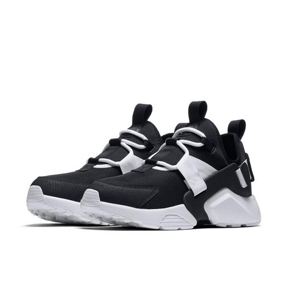 1070bce8be9e Nike Air Huarache City Low