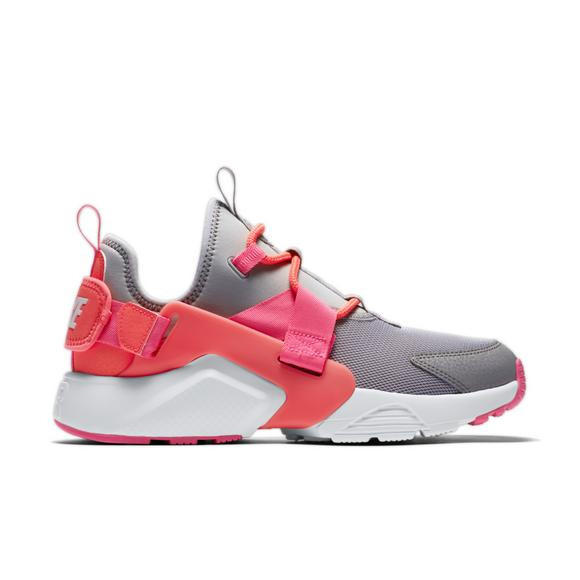 5f5835847c Nike Air Huarache City Low