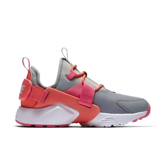ae27e11df1775 Nike Air Huarache City Low