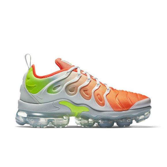 4b2e4904874a2 Nike Air VaporMax Plus