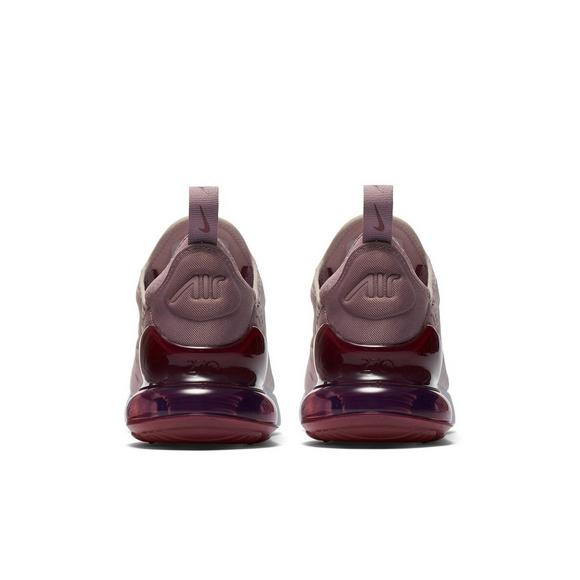 outlet store c44e5 fe9c2 Nike Air Max 270