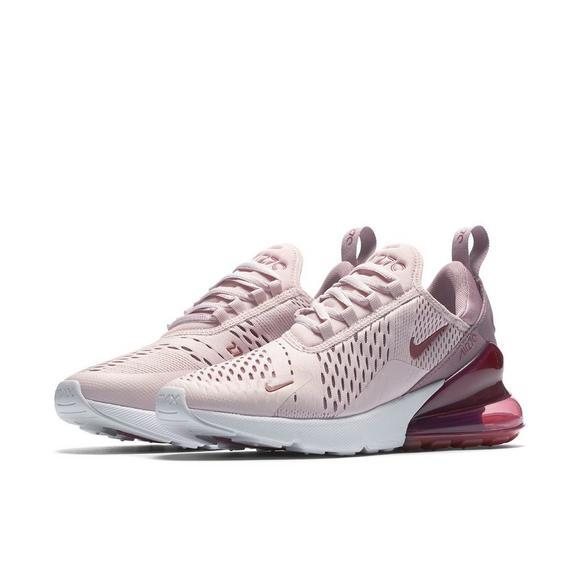 outlet store 5ee6b cce9d Nike Air Max 270