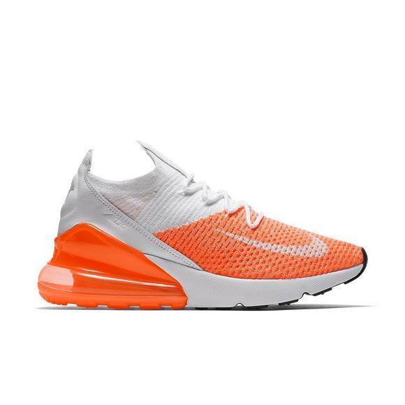 Us Max Crimson 270 Nike Hibbett Air Shoe Flyknit Pulse Women's 5wIHz6x