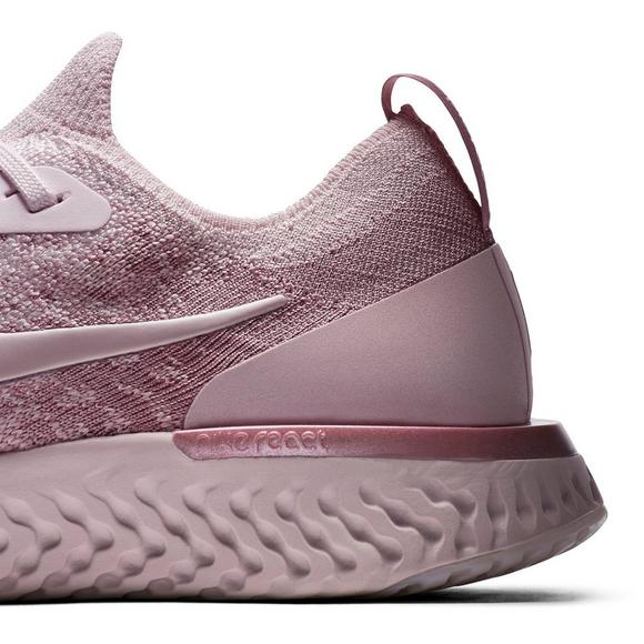 e94206b0c51fd Nike Epic React Flyknit
