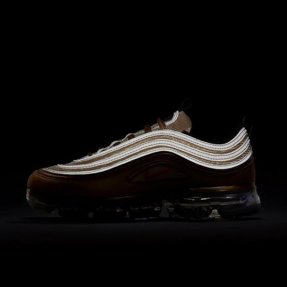 new style 3fc73 ad75d Nike Air VaporMax 97