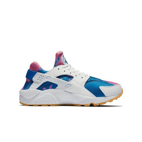 6e375b6dd757d Nike Huarache Run Print Women s Shoe - Main Container Image 2