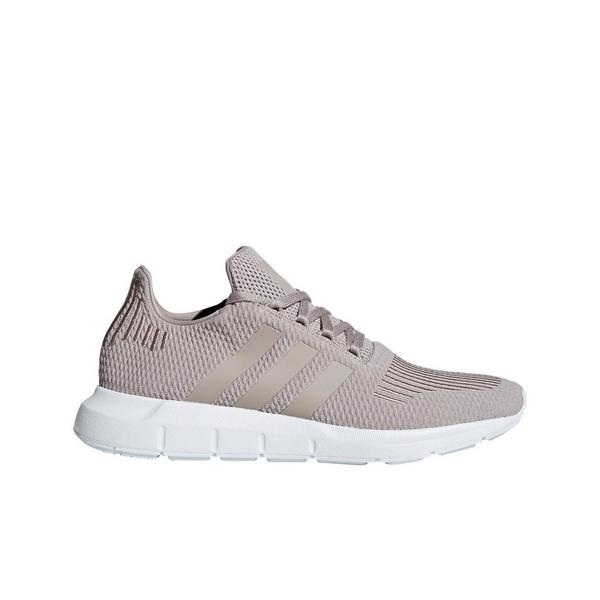 Display product reviews for adidas Swift Run