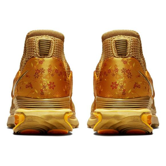 newest collection b16a8 41c4c Nike Shox Gravity