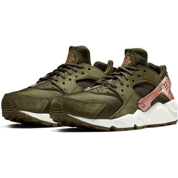754d5d3a8cc152 Nike Air Huarache Run