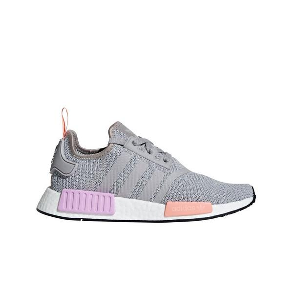 Display product reviews for adidas NMD R1