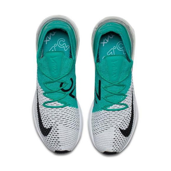on sale 6c2cc 8ca7a Nike Air Max 270 Flyknit