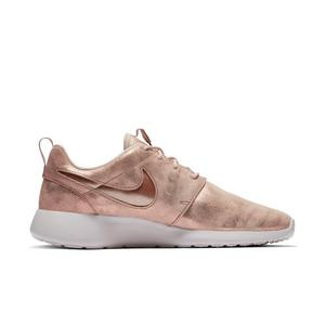 1b62116aa1d1c Sale Price 75.00 See Price in Bag. 4.6 out of 5 stars. Read reviews. (176). Nike  Roshe ...