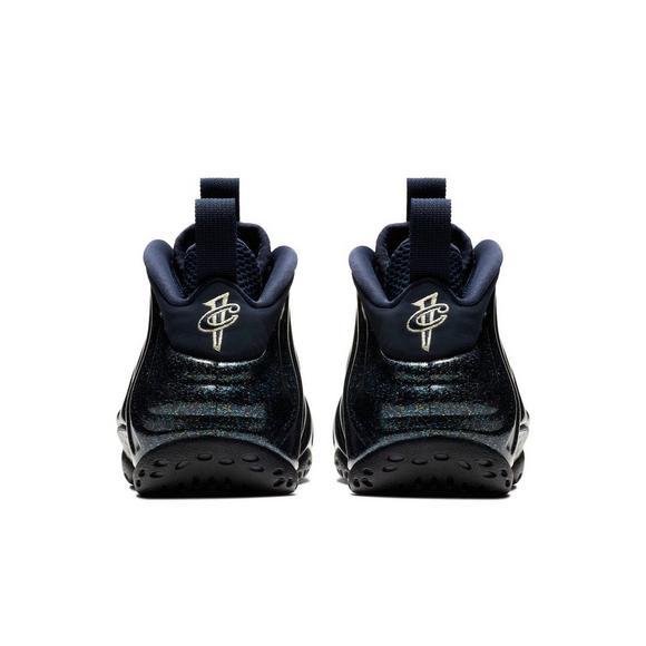 3d390d23e3ed0 Nike Air Foamposite 1