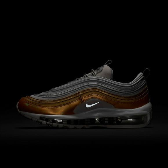 8f24a17b18e2 Nike Air Max 97 SE