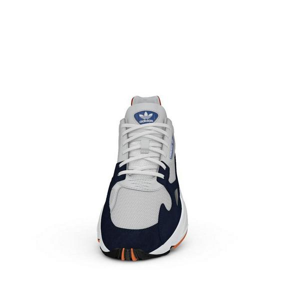 pretty nice 8dae7 0e917 adidas Falcon