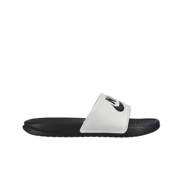 855a5f4e2 Display product reviews for Nike Benassi