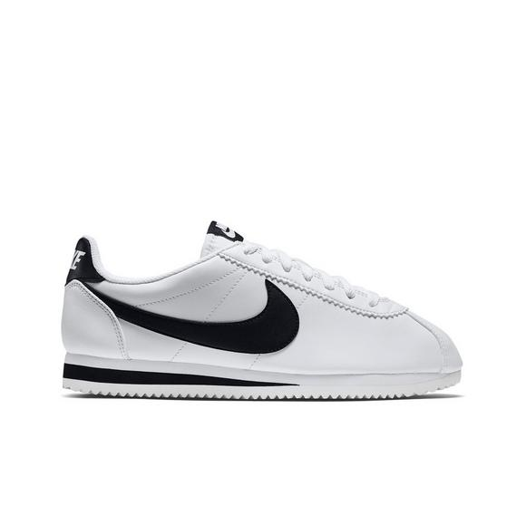 finest selection a67eb 84c1d Nike Classic Cortez Leather