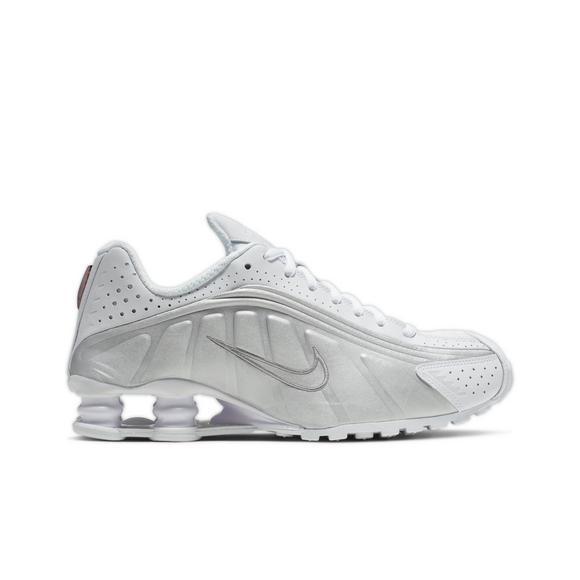 eb0d4d027589 Nike Shox R4