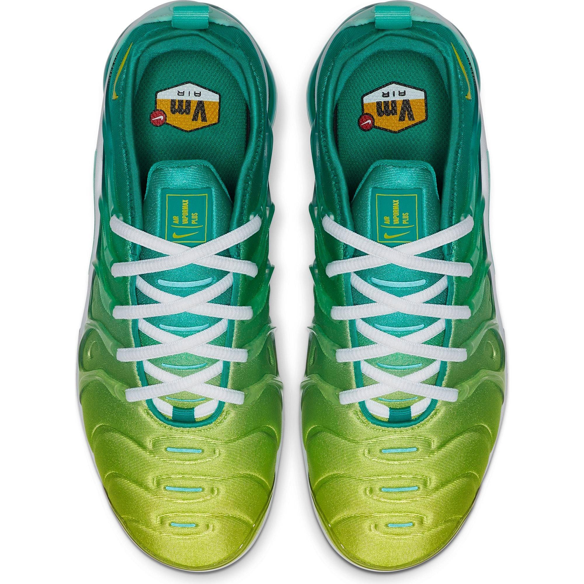 Nike Air VaporMax SE shoe for women. Nike BEBaskets Air Stylish ...