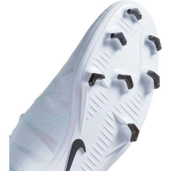 cheap for discount a5e0e b3345 Nike Men's Mercurial Victory VI CR7 FG Soccer Cleat - Hibbett US