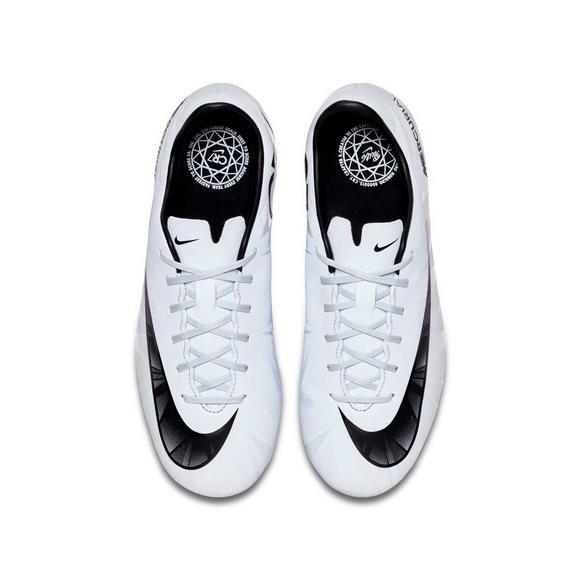 3bfb2aff0b017 Nike Junior Mercurial Vapor XI CR7 Kids' Soccer Cleat - Hibbett US