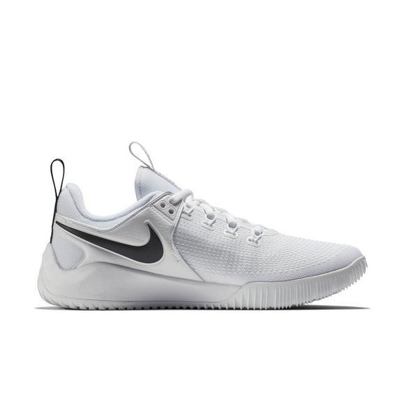 eed33b14eefa8 Nike Zoom HyperAce 2