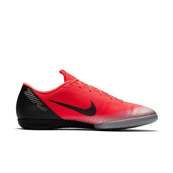 low priced ee424 65f5f Nike CR7 VaporX 12 Academy IC Unisex Indoor Soccer Shoe
