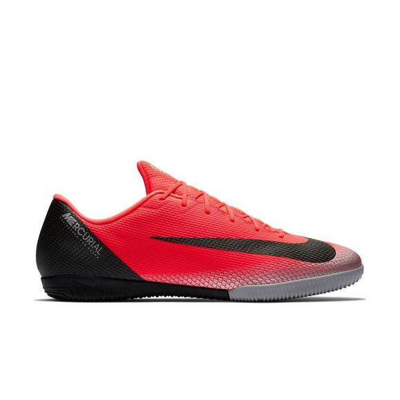 the best attitude decd6 cdd88 Nike CR7 VaporX 12 Academy IC Unisex Indoor Soccer Shoe - Main Container  Image 1