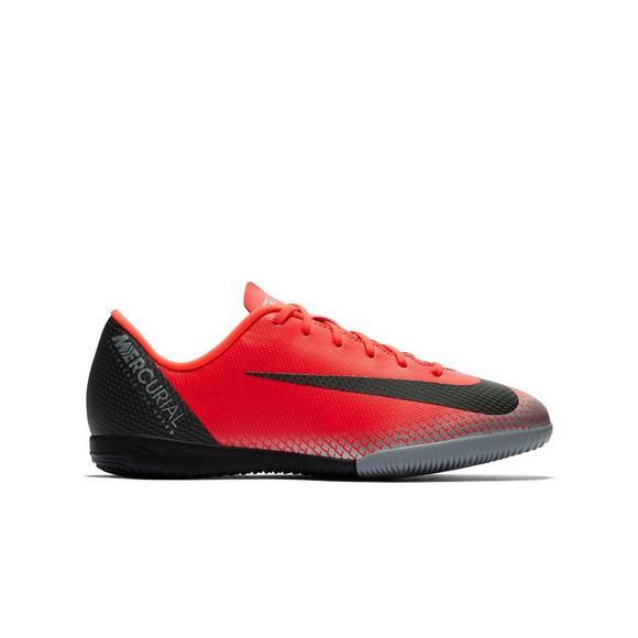 nike indoor soccer shoes kids