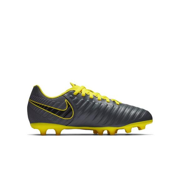 ec1c3694a Nike Jr. Legend 7 Club (MG)