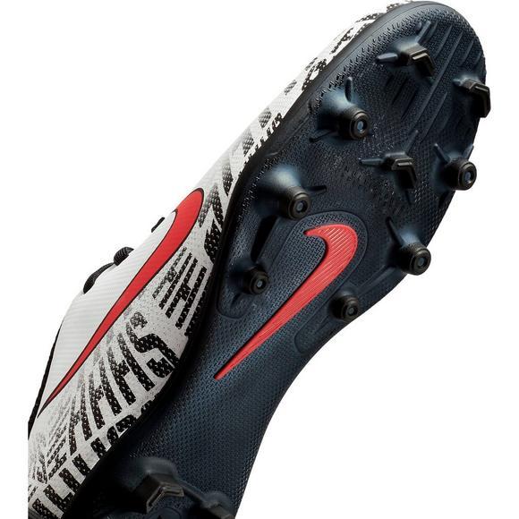 5105a54bdf4 Nike Mercurial Vapor 12 Club Neymar Jr. FG