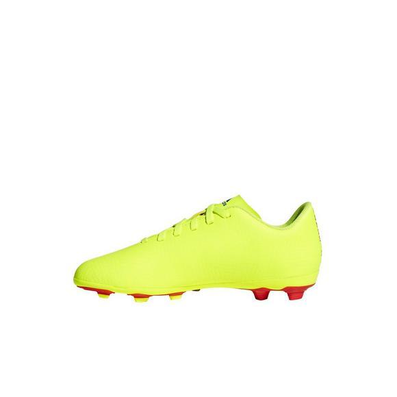 56e915f69204 adidas Nemeziz 18.4 FxG