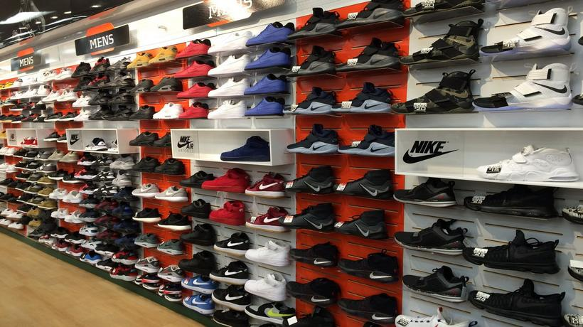Shoe Stores North Tampa Fl