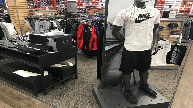 4c4ee0da96a2 Sneakers   Sporting Goods in Davenport