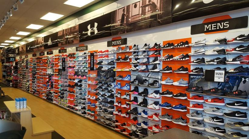 sport shoes store