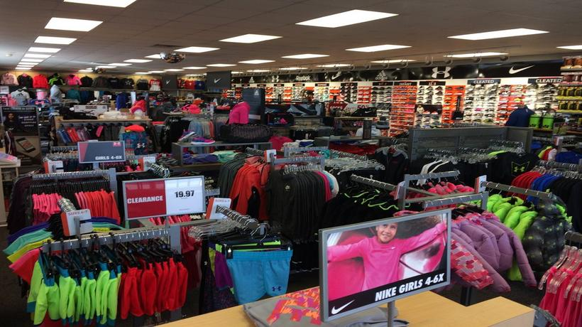 Sneakers   Sporting Goods in Pampa 008dc742447