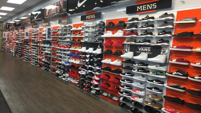 Lake Havasu City Shoe Stores
