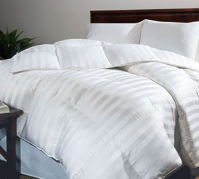 Luxury Siberian Down Comforter in White