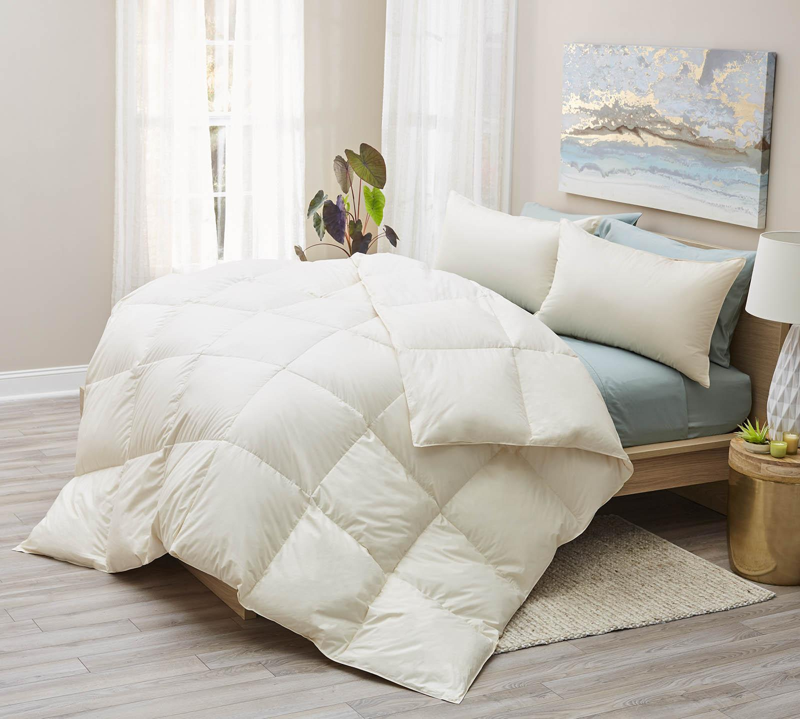 Lux Living Naturals Twin Organic All Season Down Comforter