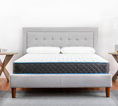 "Basic 8.25"" Firm Innerspring Mattress"