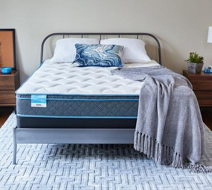 Sleepy's Calm 9 Inch Euro Top Memory Foam Mattress