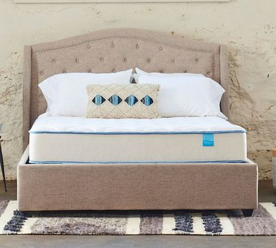 "10"" Medium Two-Sided Plush Quilted Foam Mattress"
