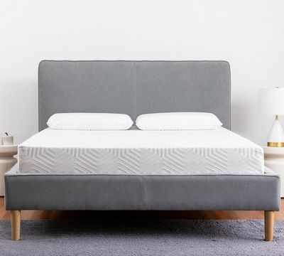Sleepy's Snug 8 Inch Plush Memory Foam Mattress
