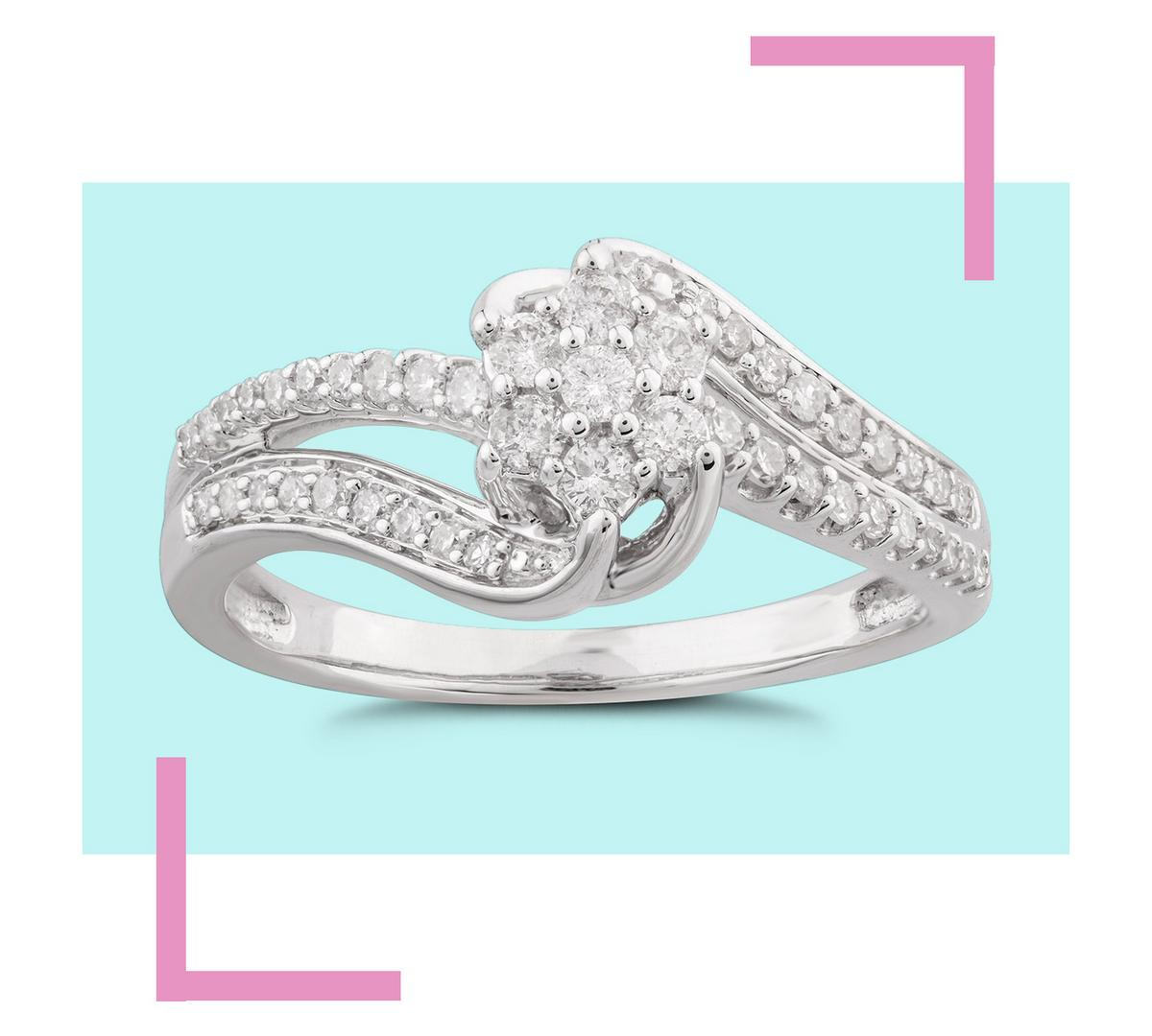 9ct White Gold 0.33ct Diamond Cluster Engagement Ring