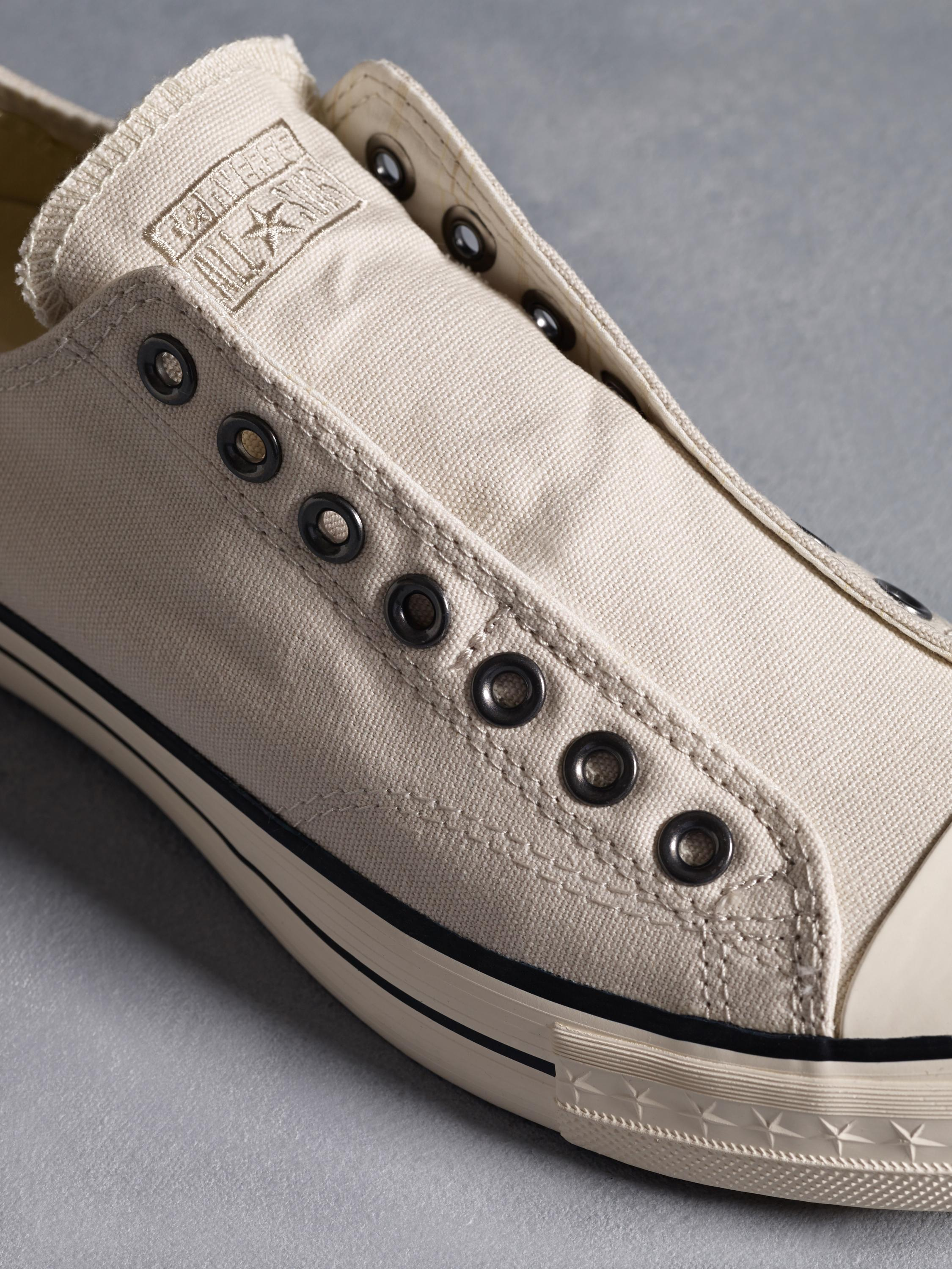 8c5b6e8c332 Chuck Taylor Laceless Low Top - John Varvatos