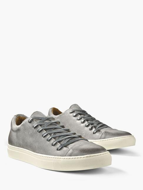 REED LOW TOP SNEAKER
