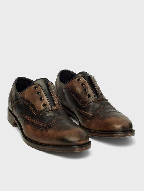 FLEETWOOD WINGTIP SHOE