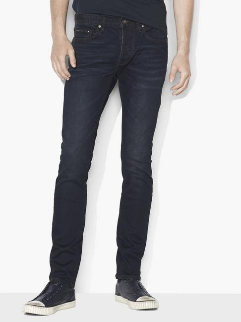 WIGHT JEAN WITH STUD DETAILING